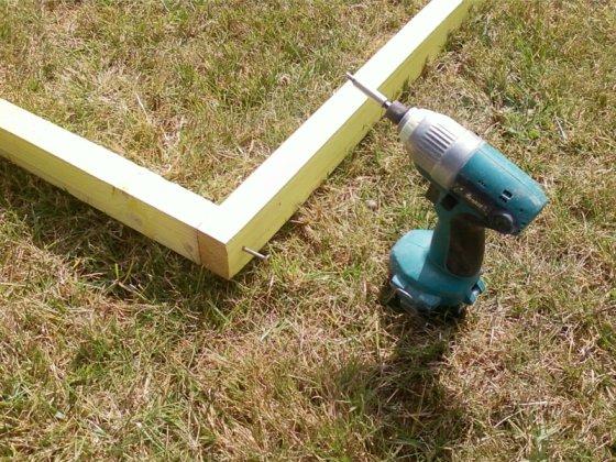 Réalisez une dalle en béton pour votre abri de jardin (Partie 1/2 ...